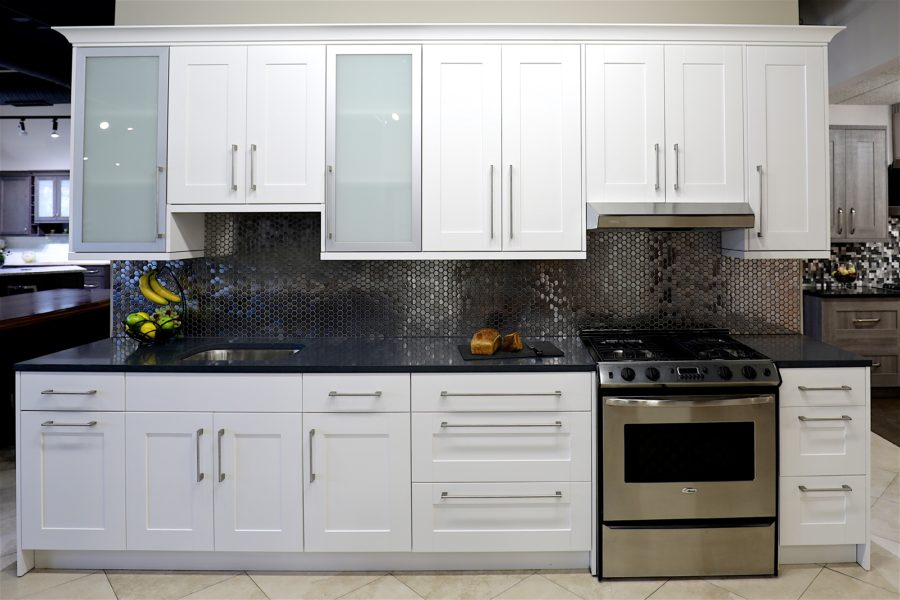 white kitchen shaker cabinets white shaker cabinets in stock kitchen cabinets 29073